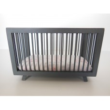 Madison Crib in Gray