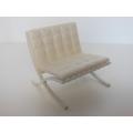 Barcelona Chair White/White