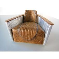 Hughes Chair in Vintage Brown