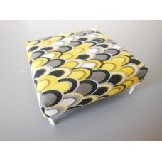 Ottoman in Yellow/Gray Teardrop Print