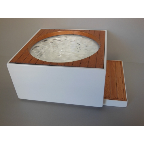 Modern Dollhouse Furniture M112 Pods Hot Tub With Step