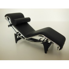 Le Corbusier LC4 Chaise Lounge Stock Black