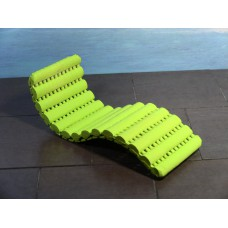 Ribb Chaise in Green